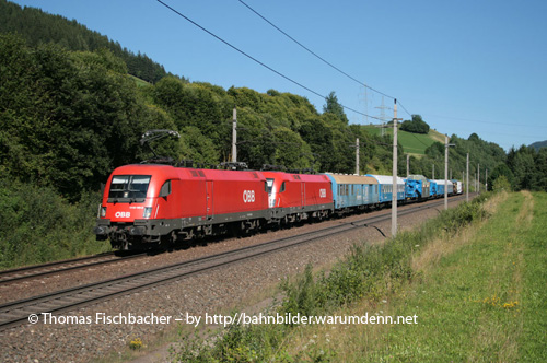 Foto zeigt: Trafotransport