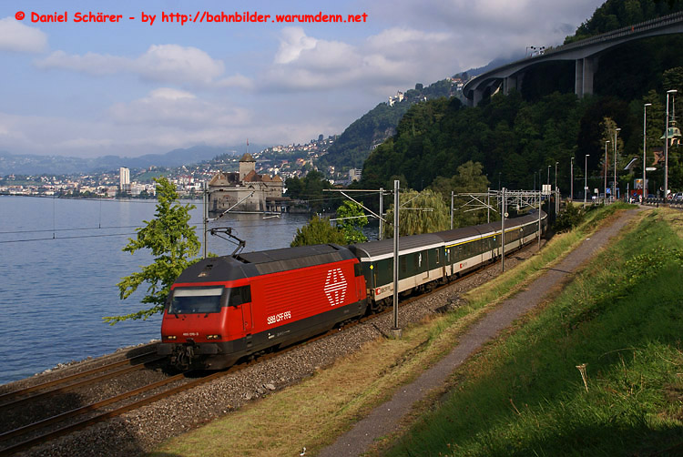 Foto zeigt SBB Re 460 076 (Chillon)
