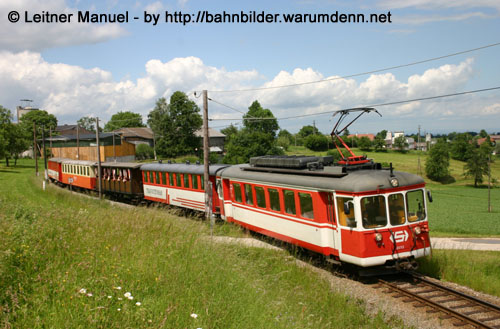 Foto zeigt: Stern & Hafferl Sonderfahrten auf der Lokalbahn Vorchdorf - Gmunden