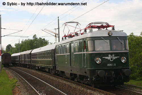 Foto zeigt: Dinner Train mit 4061.13