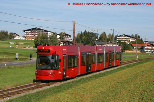 Foto zeigt: Innsbrucker FLEXITY Outlook im Attergau